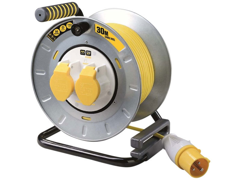 Pro-XT Metal Cable Reel 30 Met re 16A 110 Volt Thermal Cut-Ou